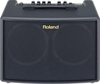 Roland AC-60 paristoilla toimiva vahvistin