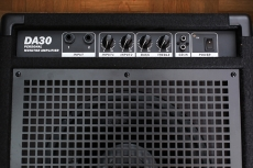 NUX DA-30 rumpumonitori
