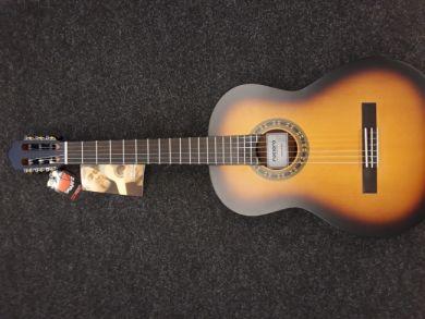 La Mancha Romero Desert Burst nylonkielinen kitara